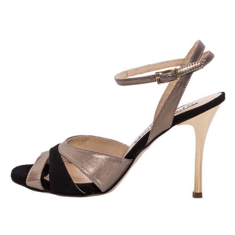 Ivonne Pyrite and Black Leather combination