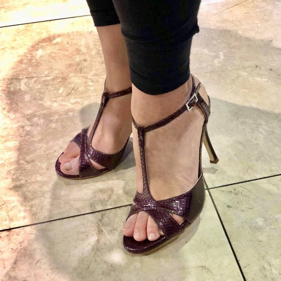 Maleva in Viper Vino Leather
