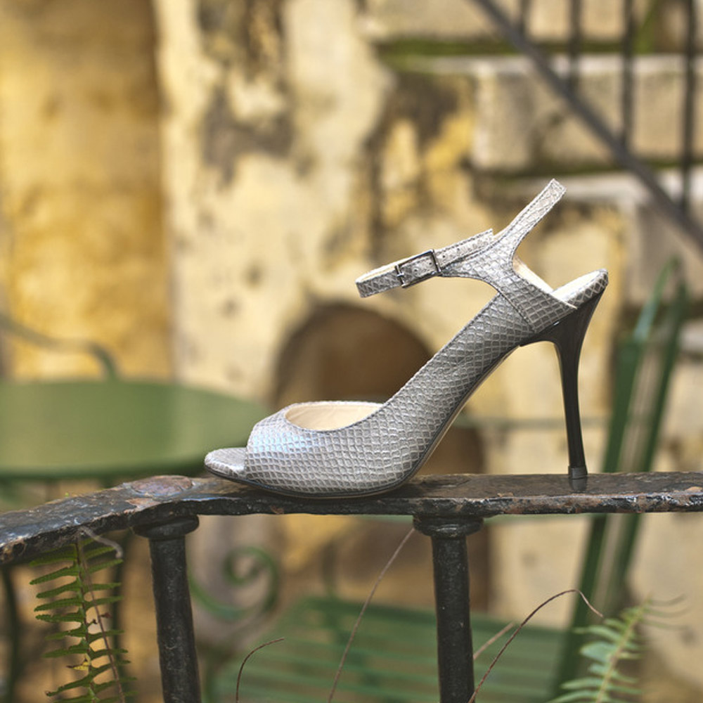 Balanceo Luna Grey Leather Heels