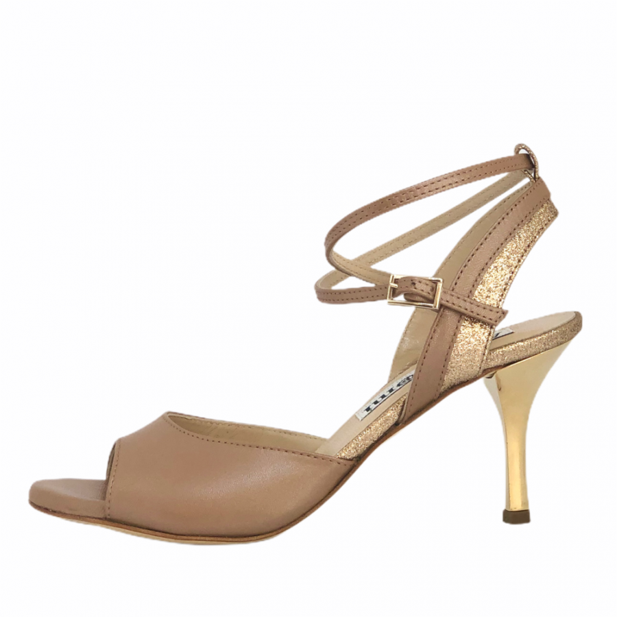 Nina Saraha and Rose Gold Glitter Combination